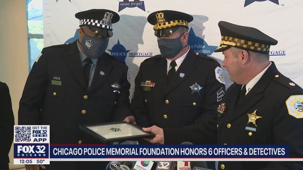 Chicago police officers honored for arresting sexual predator