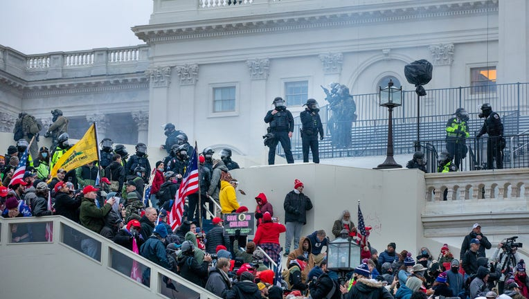 cdbb2c10-Storm the Capitol