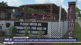 Restaurants to keep some COVID changes even after Illinois reopens