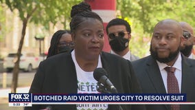 Anjanette Young blasts Lightfoot, says there is 'lack of development' in her lawsuit against the city