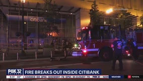 Fire breaks out inside downtown Chicago Citibank