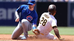 Pederson, Arrieta lead Cubs to 3-1 win over Darvish, Padres