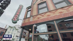 Let the party begin: Schubas Tavern in Lakeview reopens