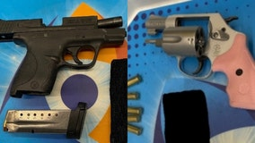 2 loaded handguns discovered at O'Hare Airport