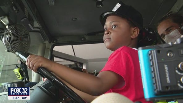 Chicago boy credited with saving mom's life honored for bravery