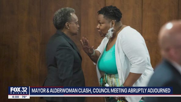 Chicago mayor and alderwoman clash, City Council meeting abruptly ends