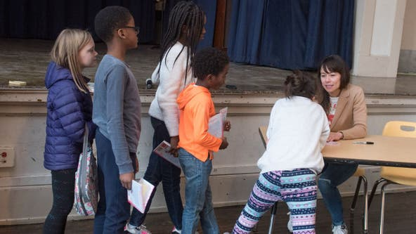 8,000 CPS students receiving free books through University of Chicago program