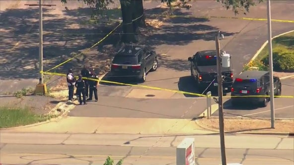 Security guard killed during apparent bank robbery in Gary: police