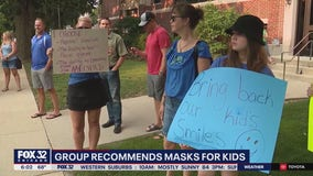 Chicago-area school districts mull over requiring masks for students ahead of fall semester