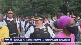 Chicago police, residents march for peace in Lawndale