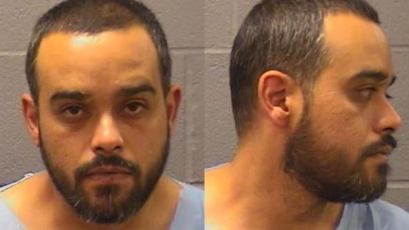 Elgin man charged with strangling, killing wife