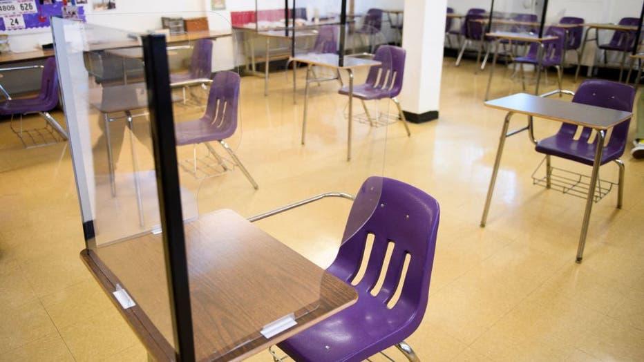 e7ffffe2-US-HEALTH-VIRUS-SCHOOL