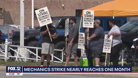 Drivers paying the price as auto mechanics strike in Chicago area drags on