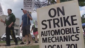 Car mechanics strike at 56 dealerships around Chicago continues for a second day
