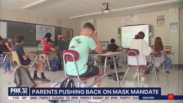 School mask mandate polarizes Arlington Heights residents
