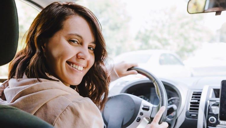 Credible-auto-insurance-iStock-1282263081.jpg