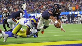 Fields scores touchdown in NFL debut, Bears lose 34-14