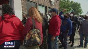 Chicago El Milagro workers say they were locked out of building after protest