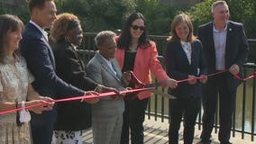 Lightfoot holds ribbon cutting at reconstructed Irving Park Road Bridge