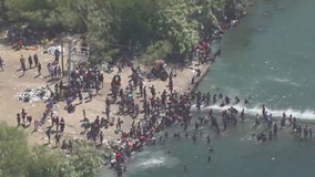 Thousands of migrants gathering at the US-Mexico border