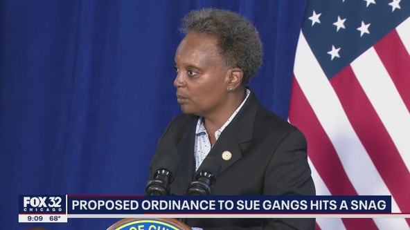 Chicago ordinance that would allow city to sue gangs hits road bump