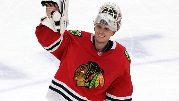 Blackhawks G Kevin Lankinen, F Mike Hardman held out due to COVID-19 protocols