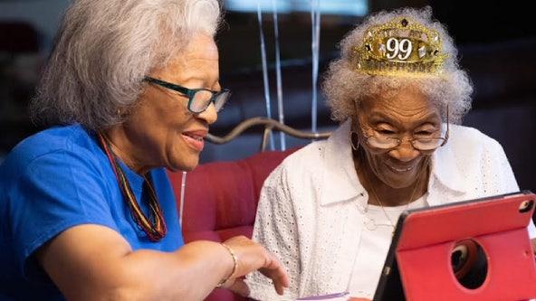 HAPPY BIRTHDAY! Suburban Chicago woman celebrates 99th birthday with Bulls jersey and parade