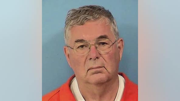 Retired suburban fire chief charged with exposing himself near Glen Ellyn high school