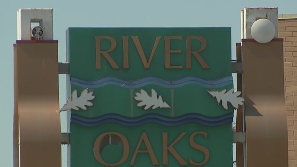 Battle brewing over future of River Oaks Mall in Calumet City