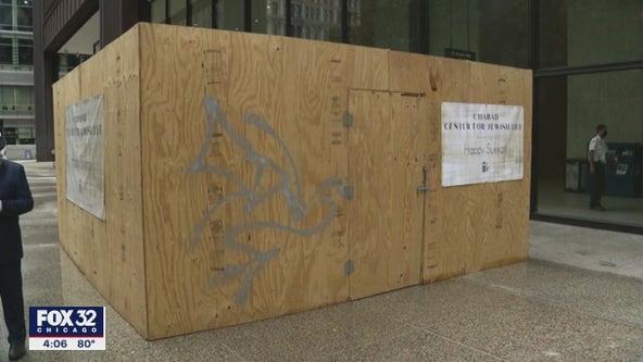 Vandals paint graffiti on Jewish symbol in Daley Plaza