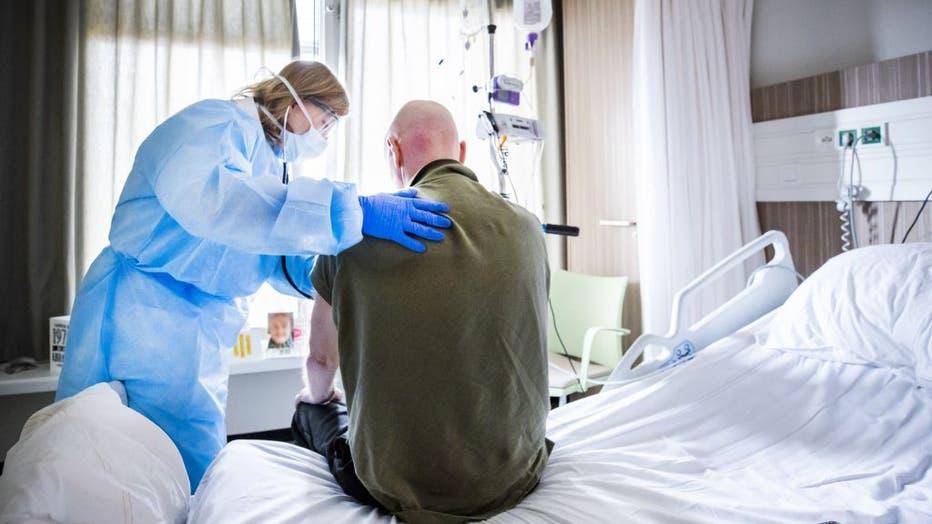 TOPSHOT-NETHERLANDS-HEALTH-VIRUS