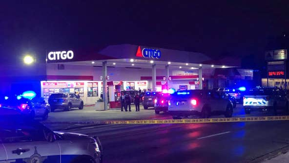 2 Chicago cops shot in Lyons, police say