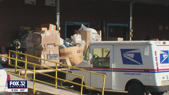 Federal lawmakers in Chicago hold hearing on mail delivery woes