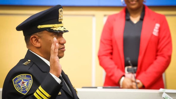 Broadview hires first African-American police chief, Thomas Mills