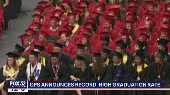 Chicago Public Schools announces record-high graduation rate