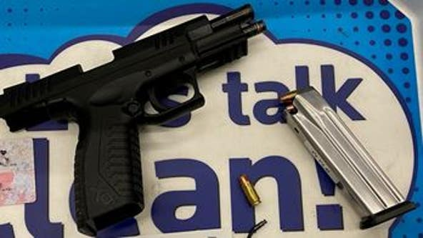 2 loaded handguns discovered in carry-on bags at O'Hare Airport