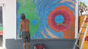 Florida artist paints hurricane mural while awaiting Dorian's impact
