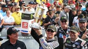 Kevin Harvick wins crash-marred Brickyard 400