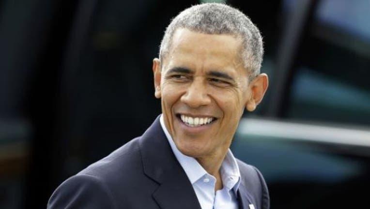 barack-obama-smiling-404023.jpg