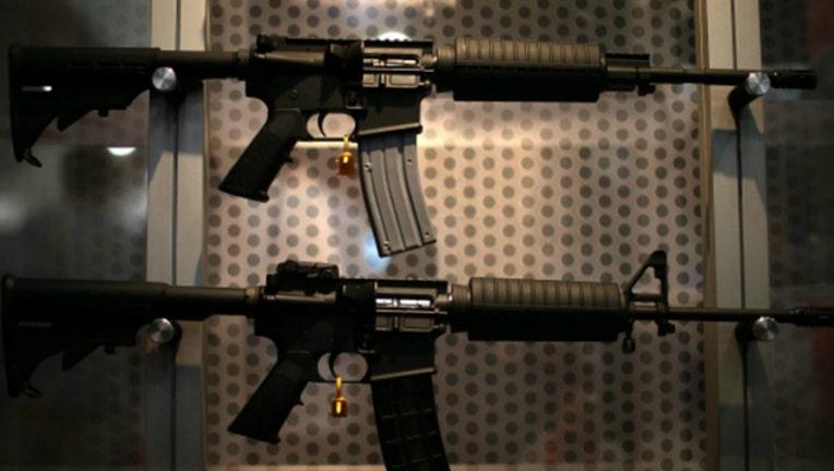 assault rifle-404023.jpg