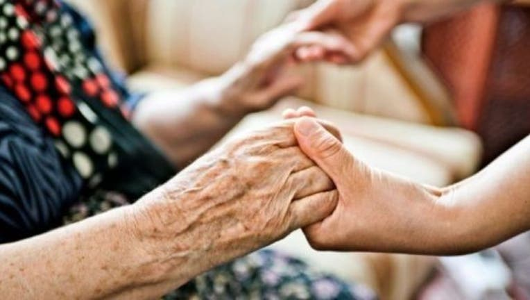 elderly-hands-home-care-404023