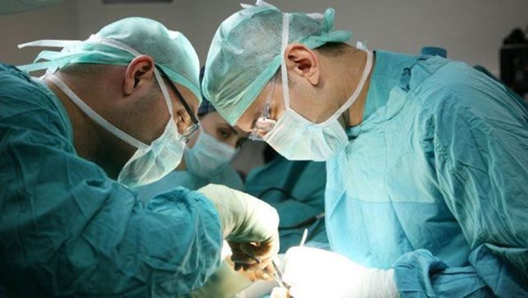 doctors-surgery-404023.jpg
