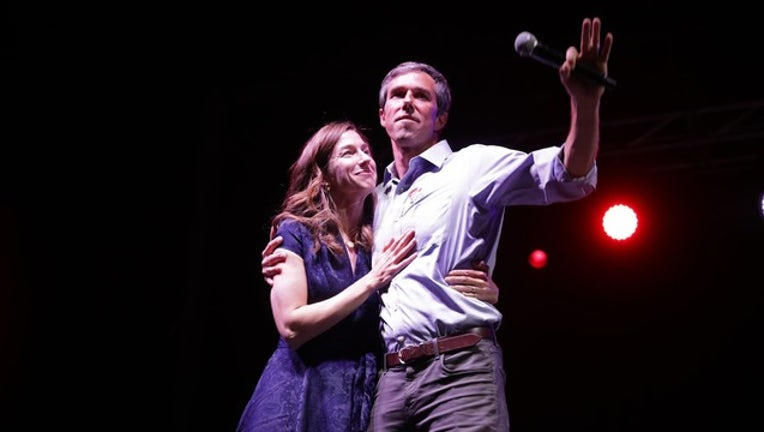 Beto O'Rourke and wife_1541637867225.png-409650.jpg