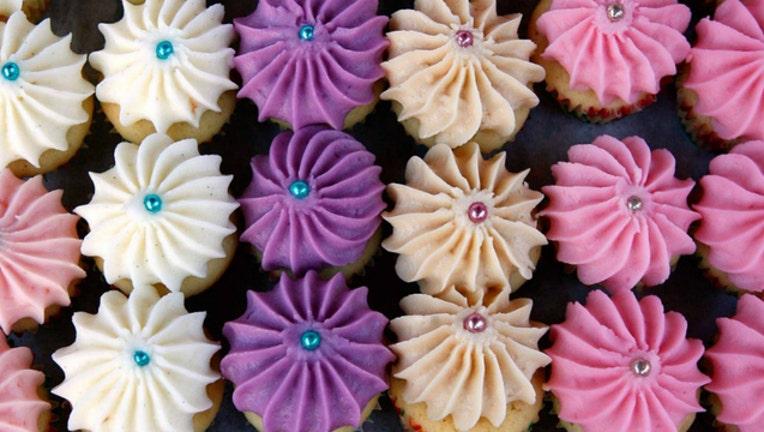 fe4bd7c1-GETTY cupcakes_1544839869150.jpg-404023.jpg