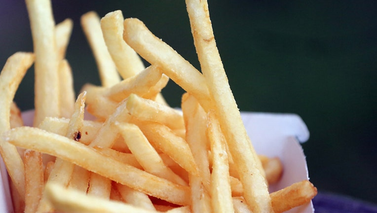 6a5d8110-GETTY_frenchfries_120418_1543923169694-401385.jpg