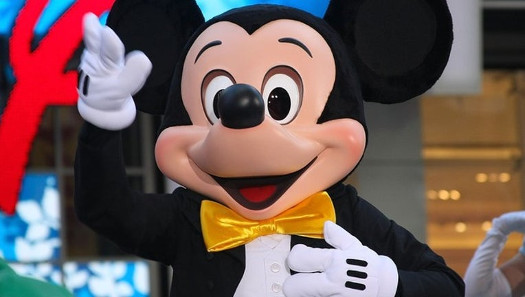 74ab9cc3-GETTY_mickey mouse_011319_1547405052959.png.jpg