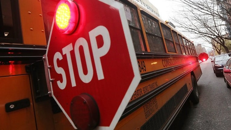 a402fac1-GETTY_school bus stop sign lights_111218_1542042859024.png.jpg