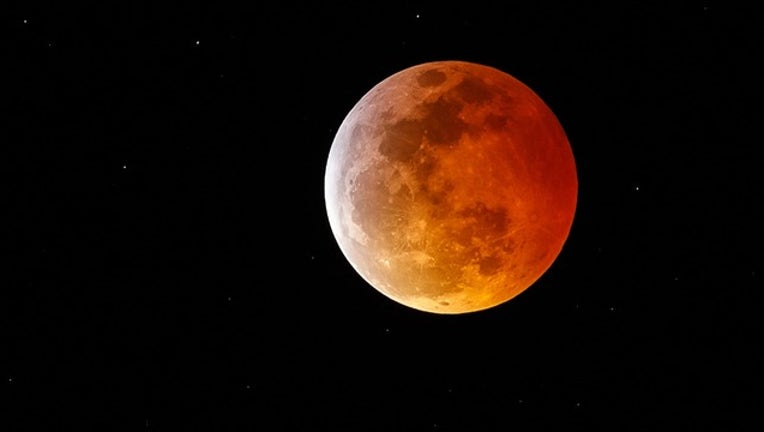 15de28c9-GETTY_solar moon eclipse wolf blood_012119_1548084853077.png.jpg