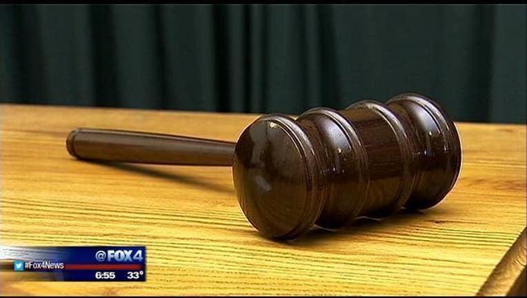 Gavel, Courtroom-409650