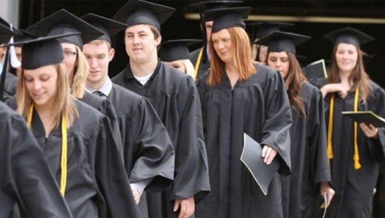 Graduation_1487874004233.jpg